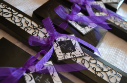 Favours for plum wedding